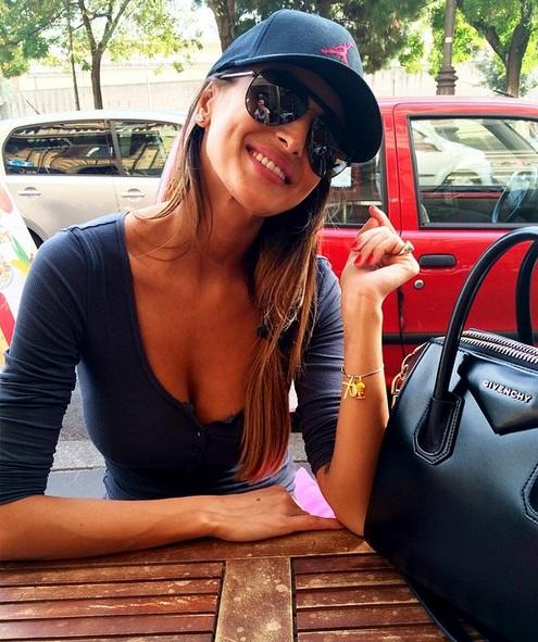 Cristina Buccino, chi è la nuova naufraga dell'Isola dei famosi? FOTO