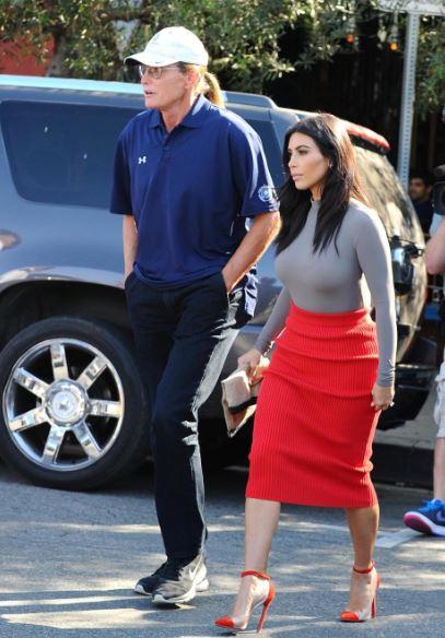 Kim Kardashian, il patrigno Bruce Jenner diventa donna FOTO