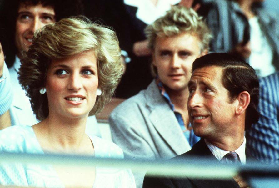 """Carlo d'Inghilterra: """"Ho costretto Diana a una vita che non voleva"""""""
