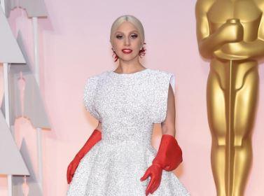 """Oscar, Lady Gaga derisa per vestito: """"Venuta a pulire bagni?"""" 1"""