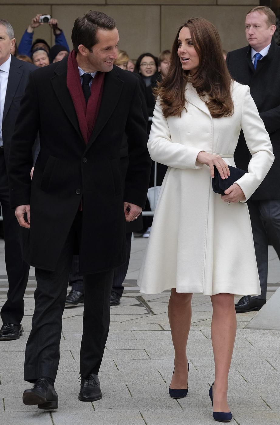 Kate Middleton torna dai Caraibi abbronzata e con un bel pancione 6
