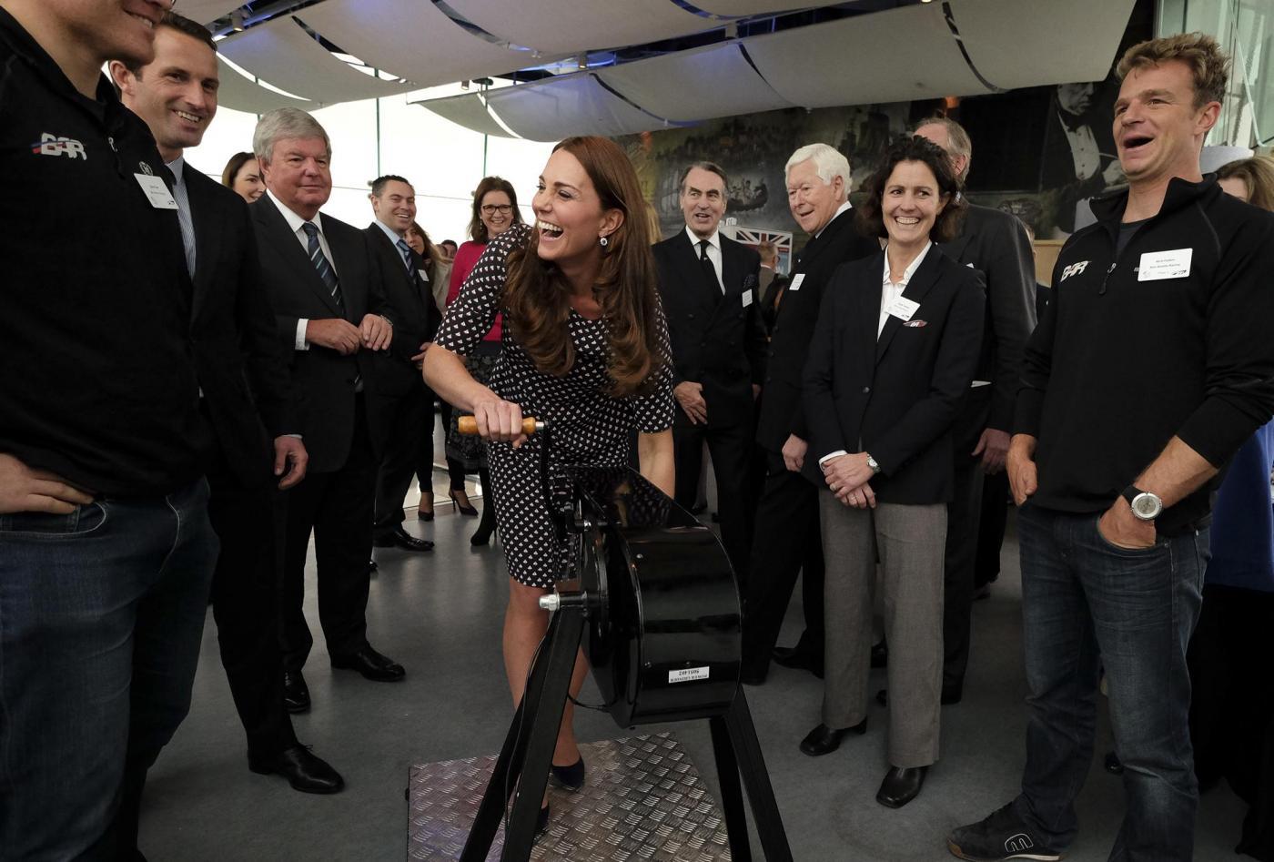 Kate Middleton torna dai Caraibi abbronzata e con un bel pancione 05