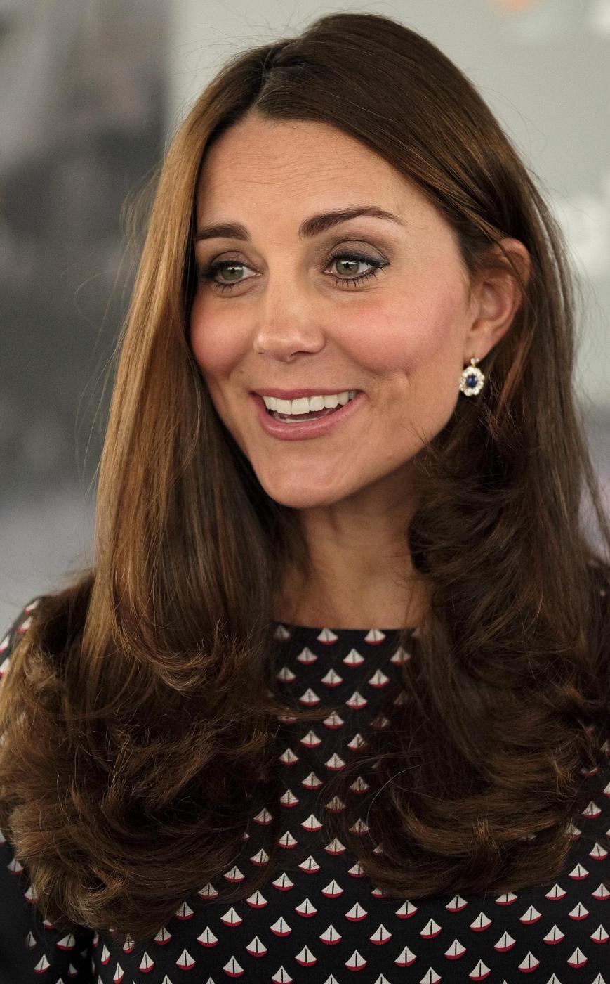 Kate Middleton torna dai Caraibi abbronzata e con un bel pancione 22