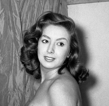 Marisa Del Frate è morta, prima showgirl italiana. Aveva 83 anni