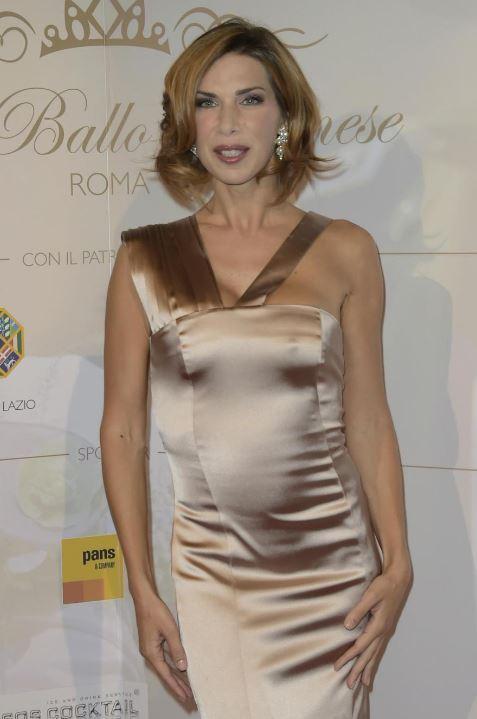 Veronica Maya a Sanremo: condurrà Dopofestival per Agon Channel FOTO