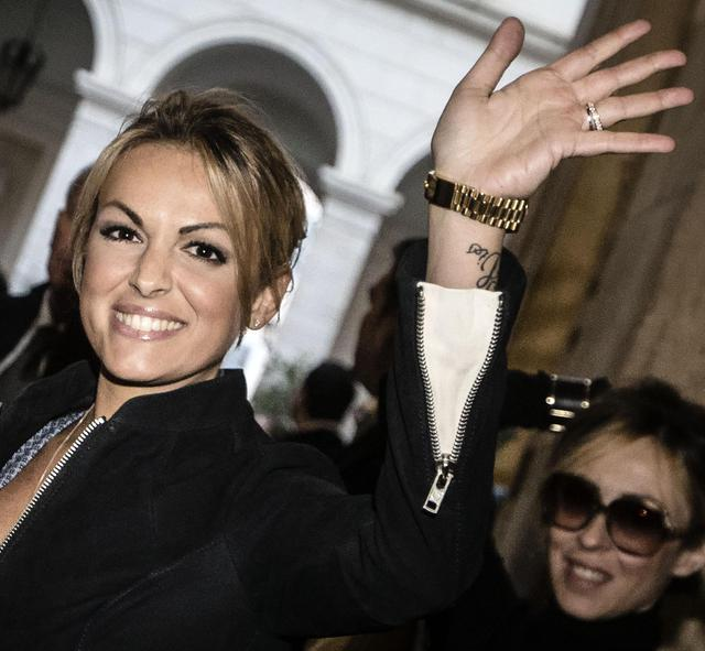 Francesca Pascale, nuovo tatuaggio per compagna Berlusconi FOTO