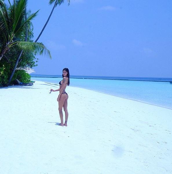 Belen Rodriguez-Stefano De Martino, vacanza riappacificatrice al mare FOTO 2