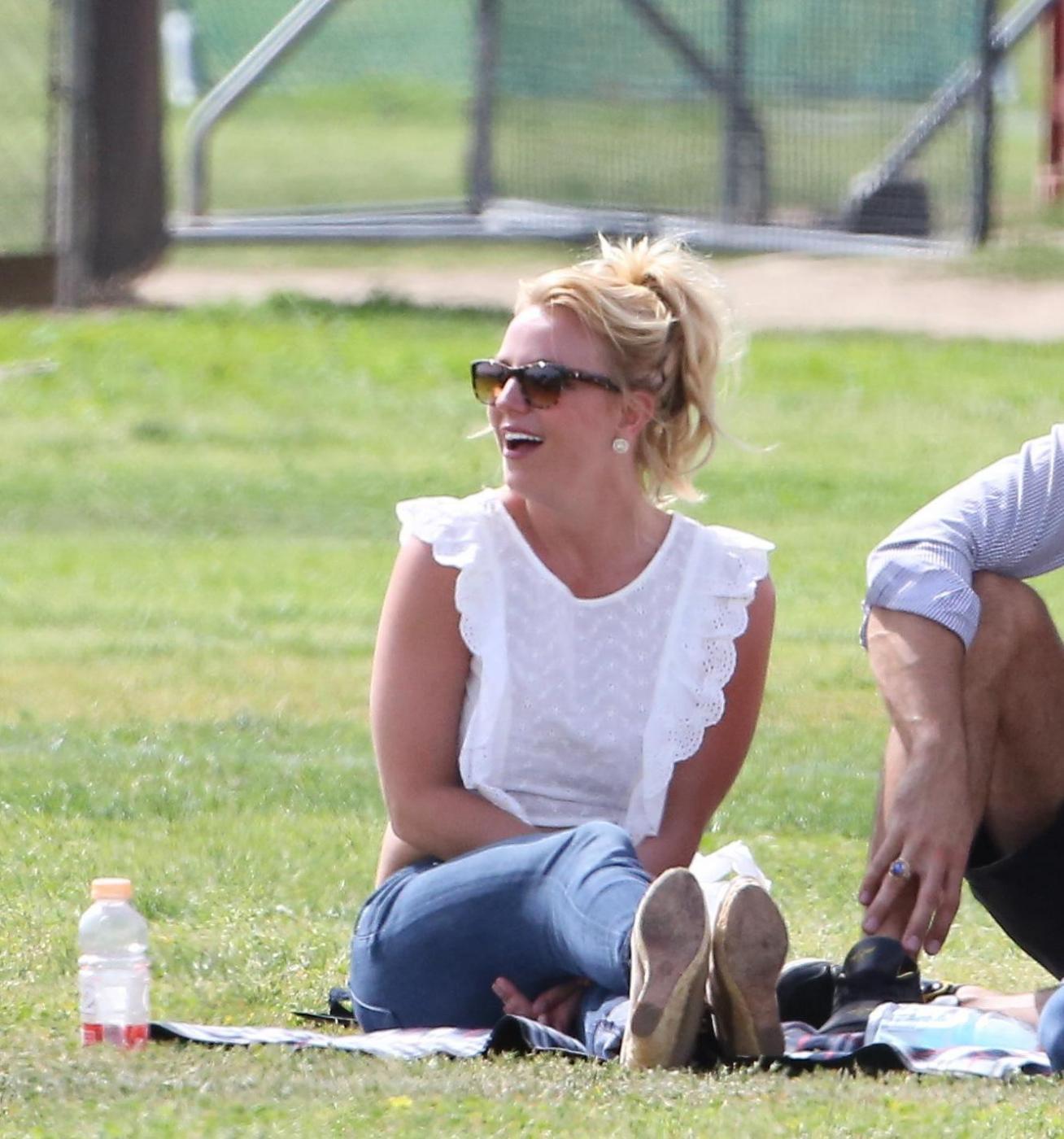 Britney Spears col fidanzato Charlie Ebersol08