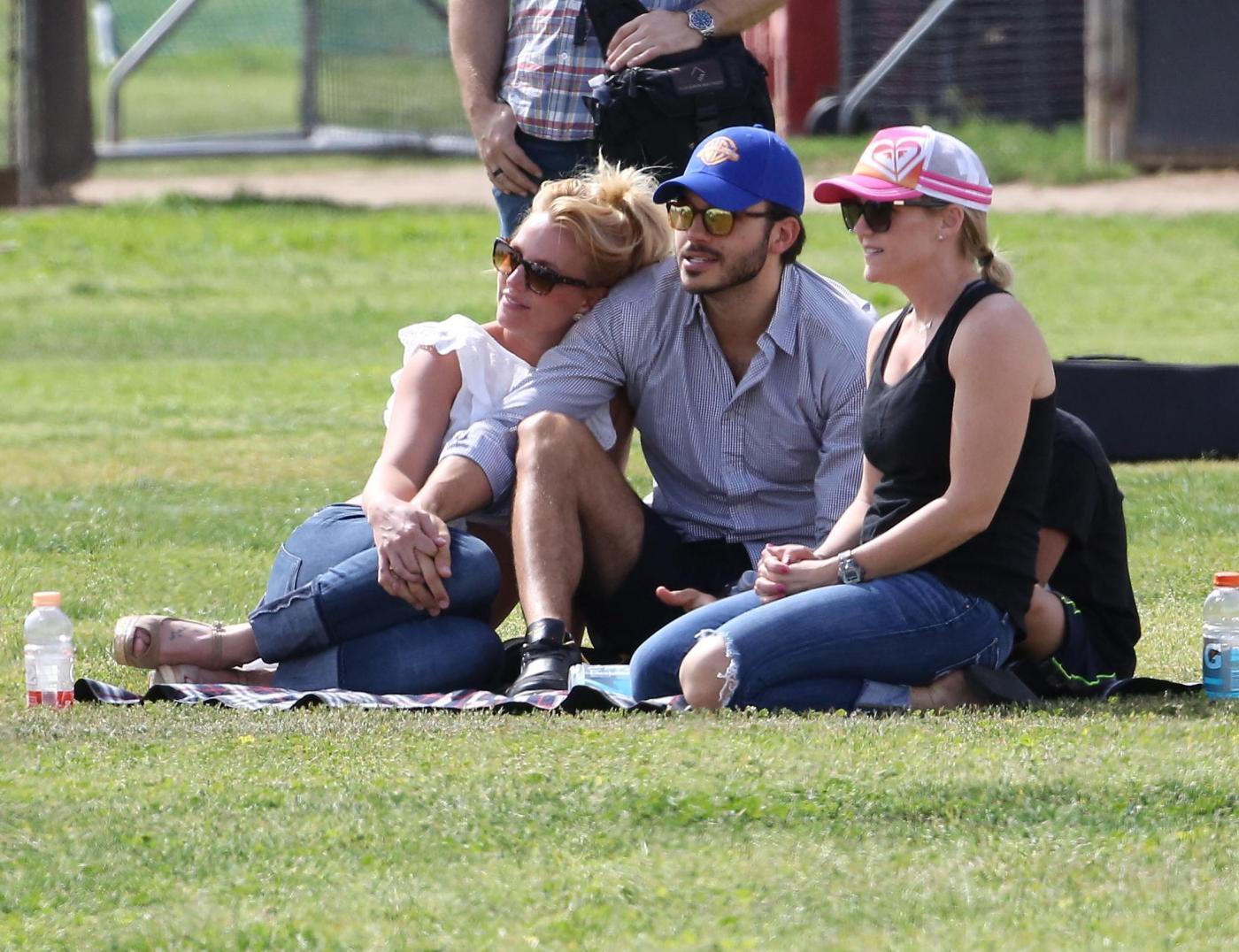 Britney Spears col fidanzato Charlie Ebersol4