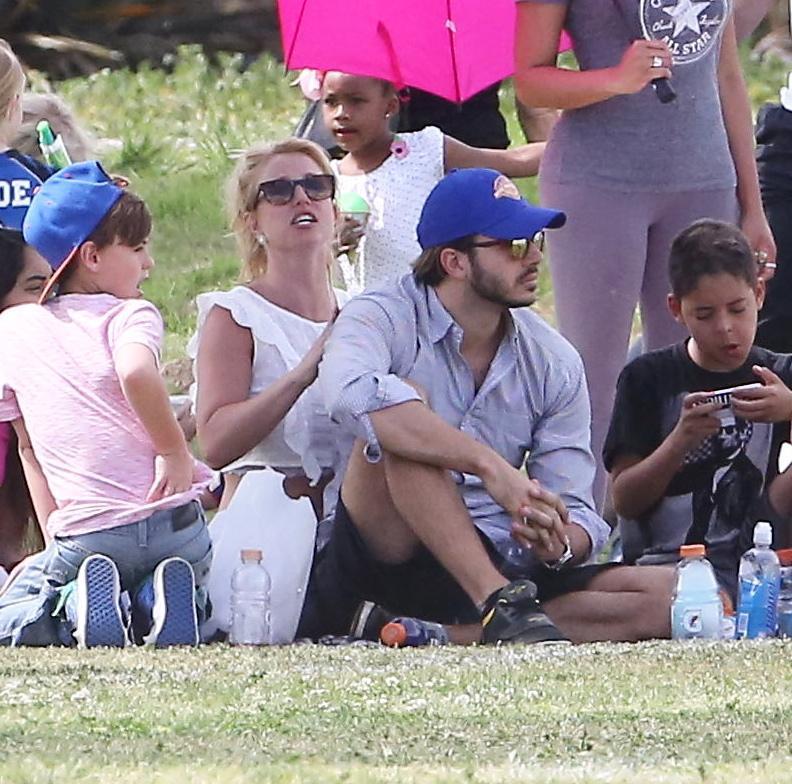 Britney Spears col fidanzato Charlie Ebersol16