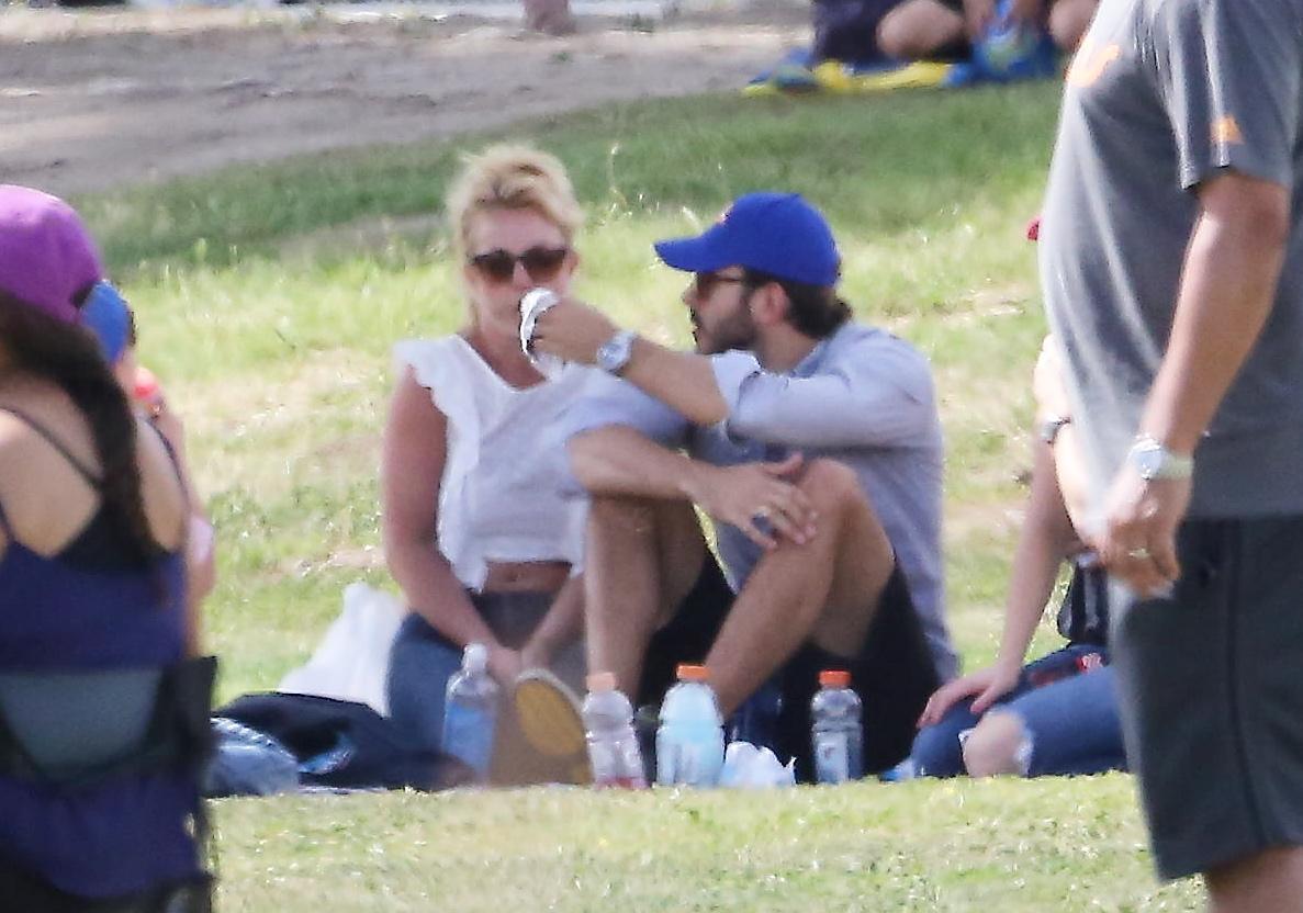 Britney Spears col fidanzato Charlie Ebersol15