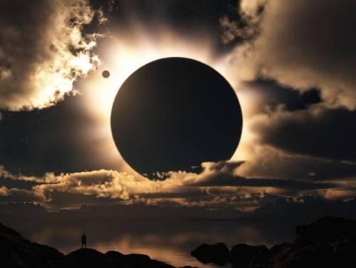Eclissi di sole: si comincia. Come vederla senza danneggiare la vista