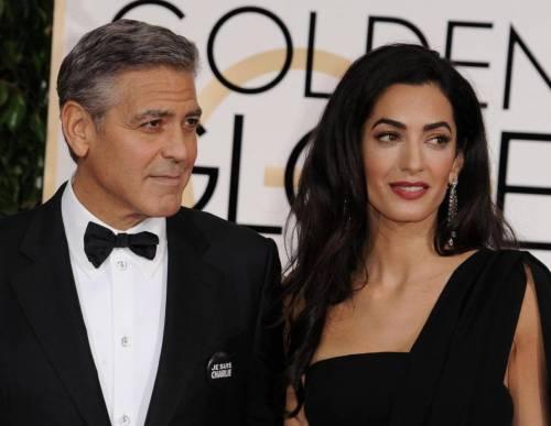 """George Clooney e Amal Alamuddin rifiutati da ristorante: """"Non c'è posto"""""""