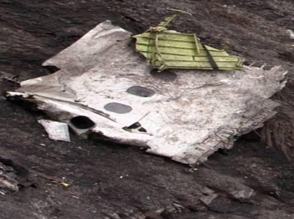 Germanwings, volo nato poesia per carezzare un cielo d'avorio e scoprirsi follia