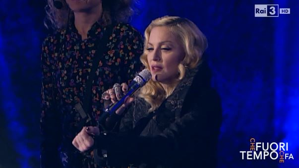 """Madonna bacchetta Dolce e Gabbana: """"Pensate prima di parlare"""""""
