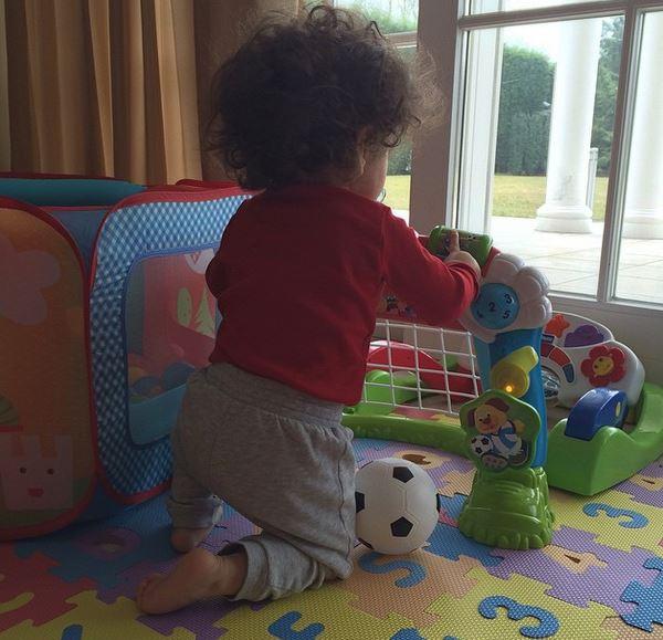 """Melissa Satta: """"Io diversa da Belén. Le foto di mio figlio le tengo per me"""" 4"""