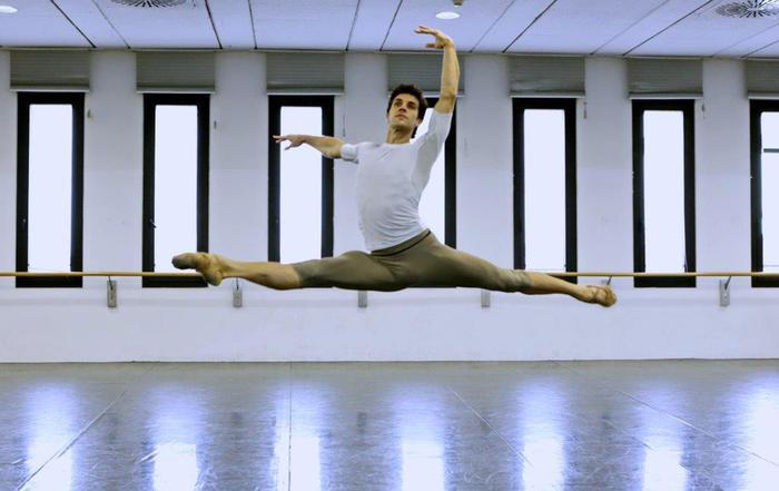 Roberto Bolle, 40 anni in punta di piedi e a passo di danza FOTO11