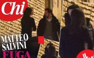 Elisa Isoardi e Matteo Salvini si baciano. La foto su Chi