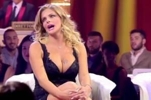 Francesca Cipriani da Chiambretti rischia di morire sopffocata