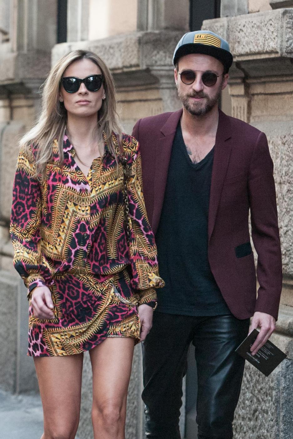 Francesco Facchinetti, shopping a via Montenapoleone con Wilma Faissol09
