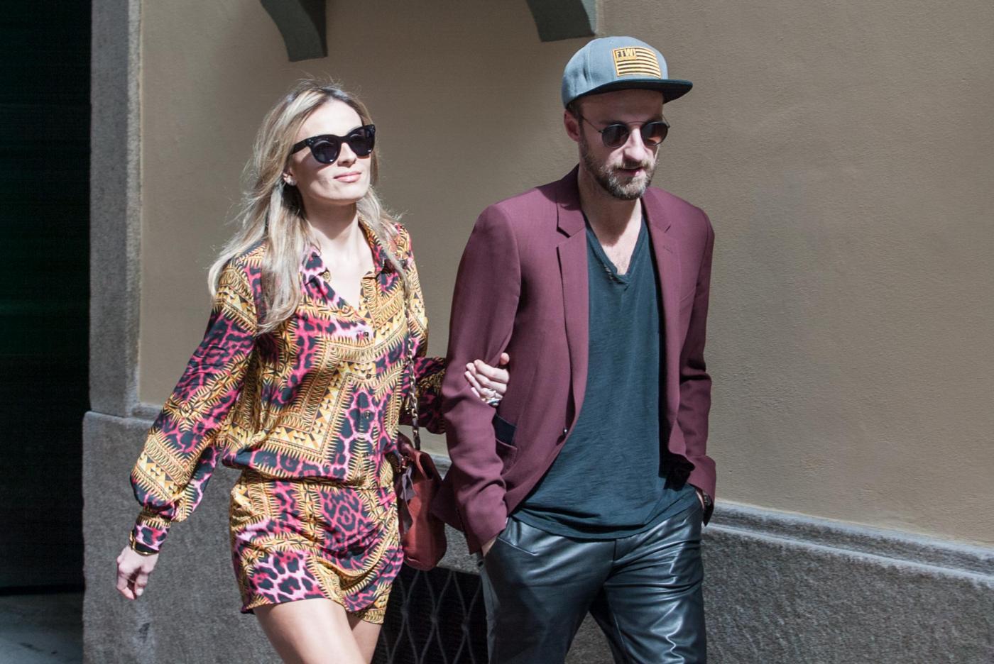 Francesco Facchinetti, shopping a via Montenapoleone con Wilma Faissol19
