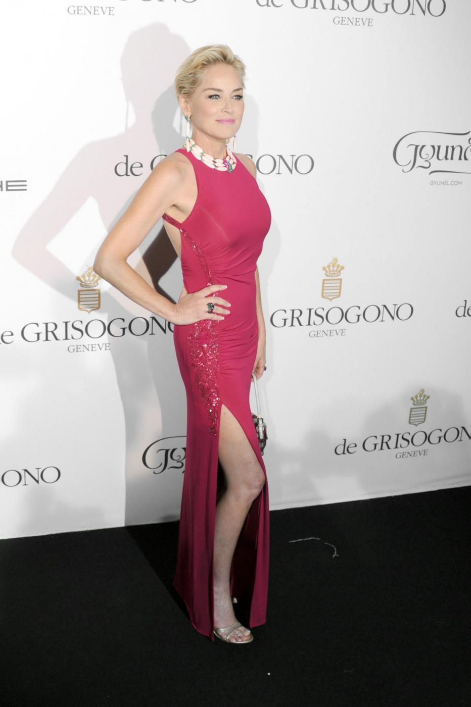 """Sharon Stone ci mette la faccia: testimonial del filler effetto """"naturale"""""""