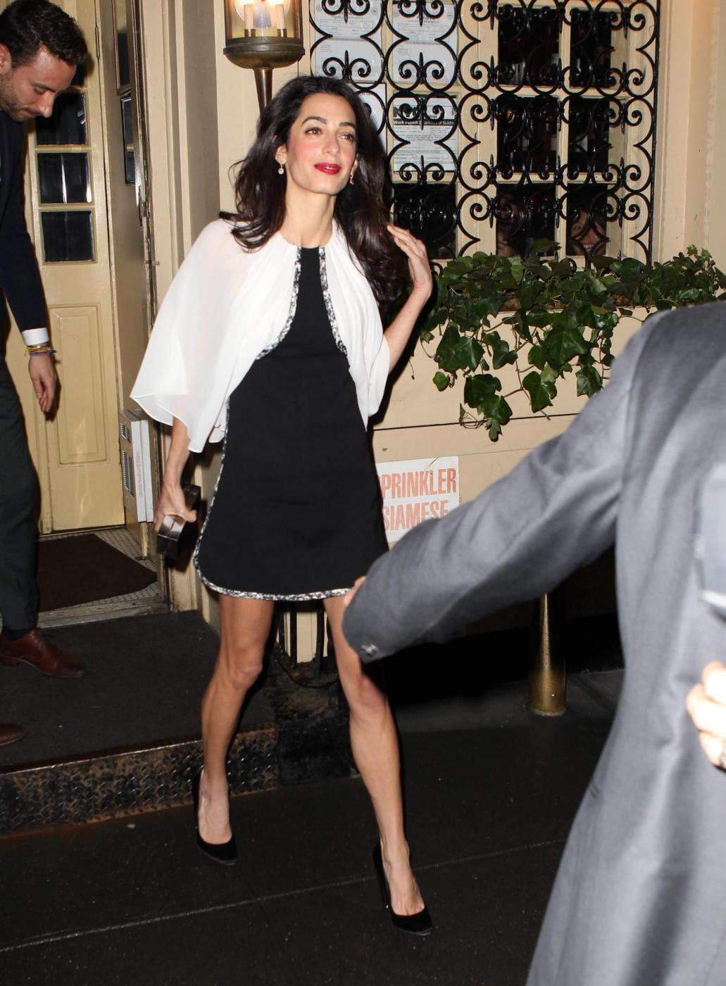Amal Alamuddin magrissima, lady Clooney quasi scheletrica FOTO 13