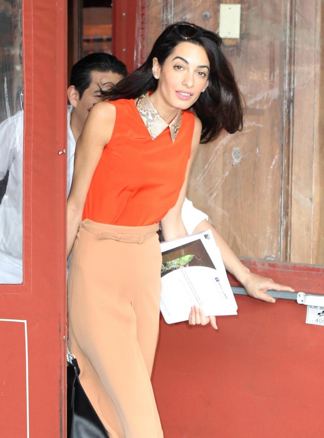 Amal Alamuddin magrissima, lady Clooney quasi scheletrica FOTO 3