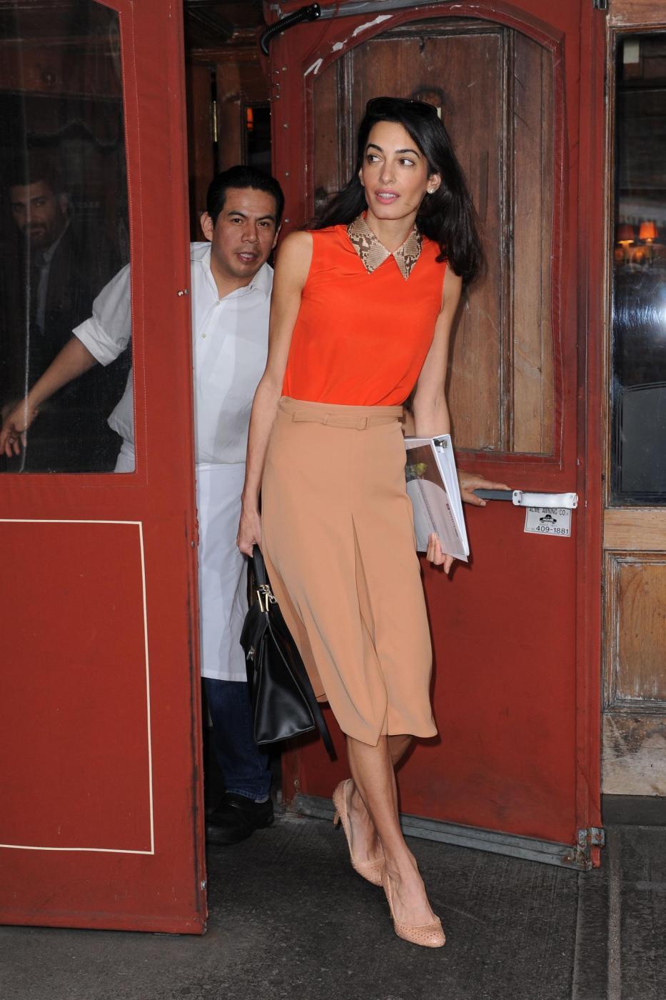 Amal Alamuddin magrissima, lady Clooney quasi scheletrica FOTO 111
