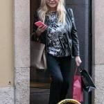 Mara Venier, shopping e sorrisi in via Montenapoleone10