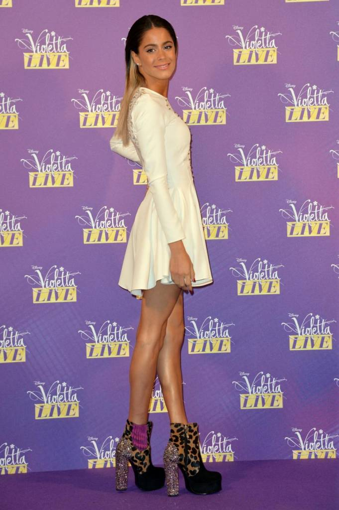 Violetta, Martina Stoessel, testimonial per rimmel L'Oréal FOTO 51