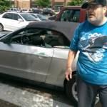 Usa, veterano sfonda vetro auto per salvare cane e viene arrestato