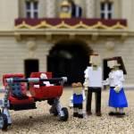 "Royal baby aggiunta alla ""Miniland Royal Family"" fatta con i Lego FOTO08"