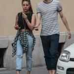 Matteo Darmian mano nella mano con la fidanzata Francesca