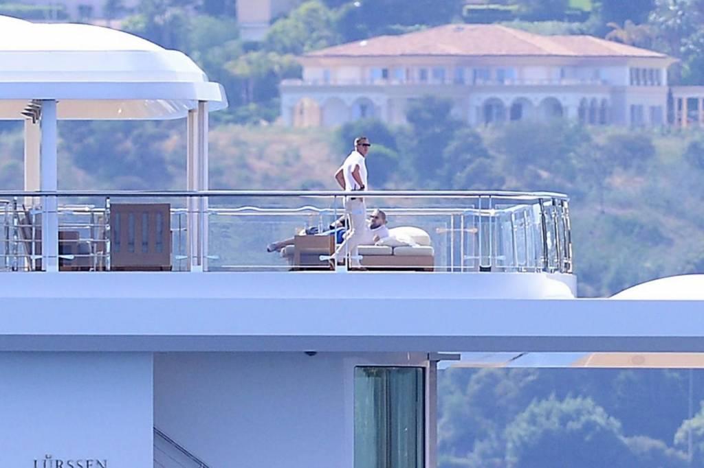 Leonardo DiCaprio in Costa Azzurra sul mega yacht: dopo Cannes Montecarlo 15