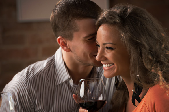 Uomini e donne: lei parla tanto, lui ascolta poco. E quando è lui a parlare tanto?