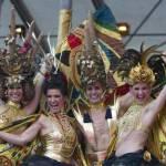 Life Ball a Vienna: Sean Penn, Charlize Theron, Dita von Teese, Conchita Wurst05