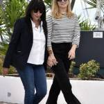Julie Gayet, la comapgna di Hollande si rivede a Cannes 09