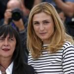 Julie Gayet, la comapgna di Hollande si rivede a Cannes 08