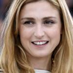 Julie Gayet, la comapgna di Hollande si rivede a Cannes 03