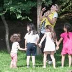 Guendalina Canessa, mamma e animatrice al parco pubblico10