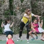 Guendalina Canessa, mamma e animatrice al parco pubblico18