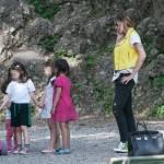 Guendalina Canessa, mamma e animatrice al parco pubblico04