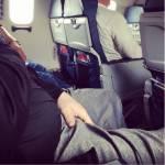 """Passeggeri maleducati a bordo: FOTO finiscono su """"Passengere Shaming"""" 09"""