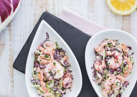 Ricette di pesce: insalata yogurt, salmone e gamberetti