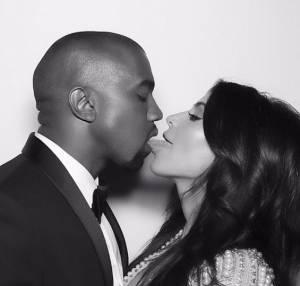 Kim Kardashian bacia con la lingua il marito. La FOTO su Instagram 5