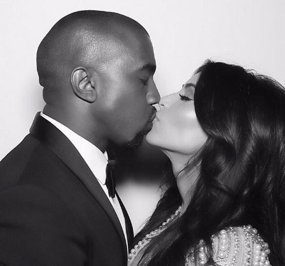 Kim Kardashian bacia con la lingua il marito. La FOTO su Instagram 6