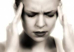 Far passare il mal di testa senza uso di farmaci: il rimedio casalingo