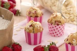 Ricette di dolci: muffin con fregole e mandorle