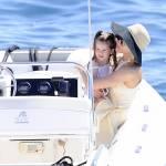 Sienna Miller, Victoria Silvstedt, Antonio Banderas: a Cannes con lo yacht010